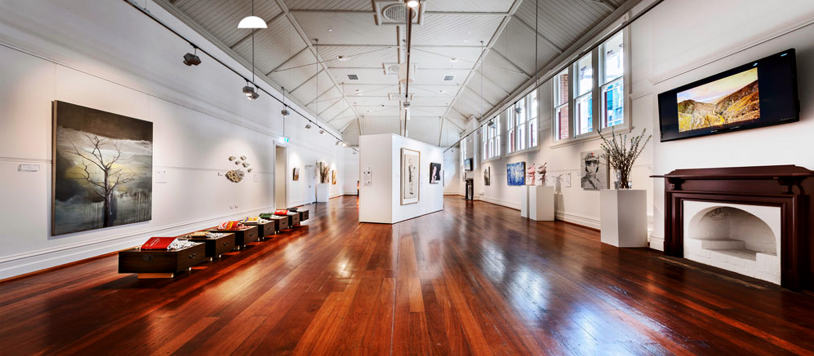 Linton and Kay Gallery