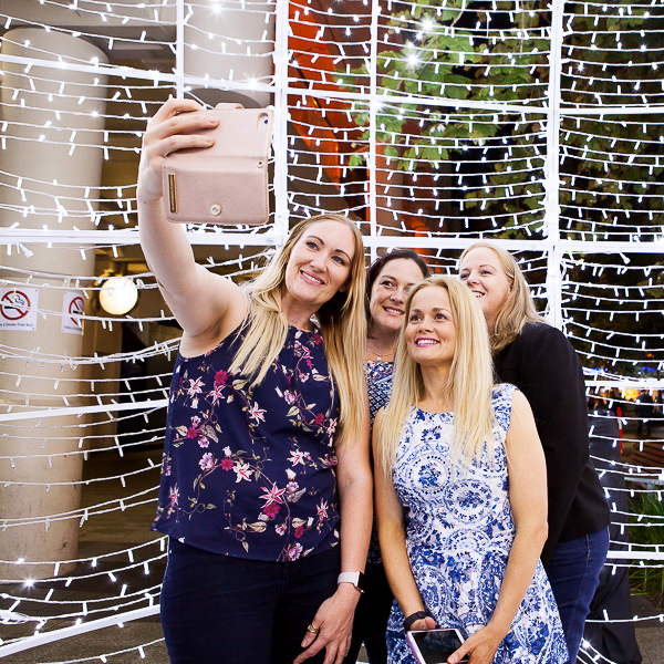 Snap yourself while enjoying Christmas in the city and win!