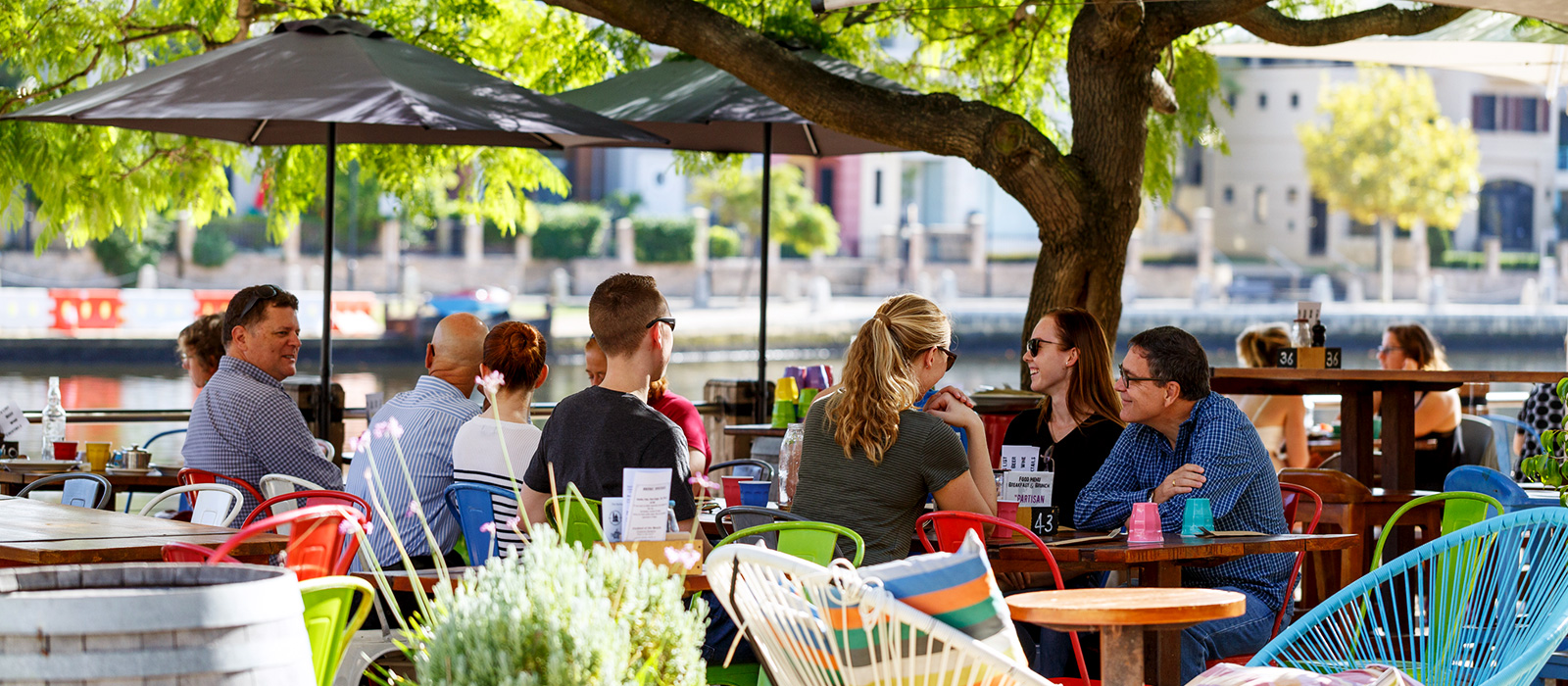 Choose from hundreds of cafes in and around Perth